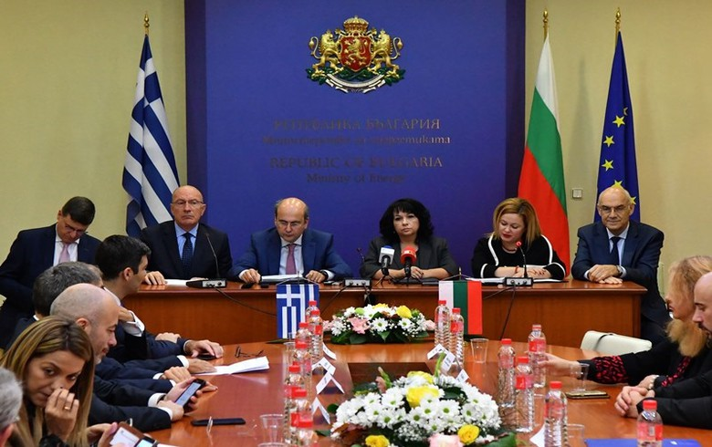 UPDATE 1 - ICGB signs deals for pipe supply, construction of Greece-Bulgaria gas link