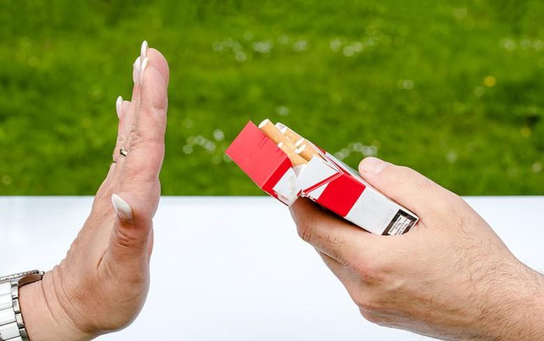 Montenegro's ban on indoor smoking takes effect