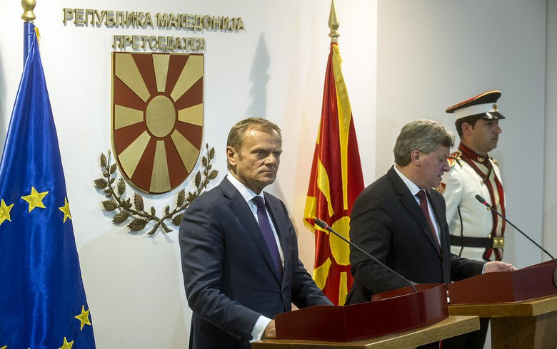 EU council urges Macedonian president to find democratic solution to political crisis