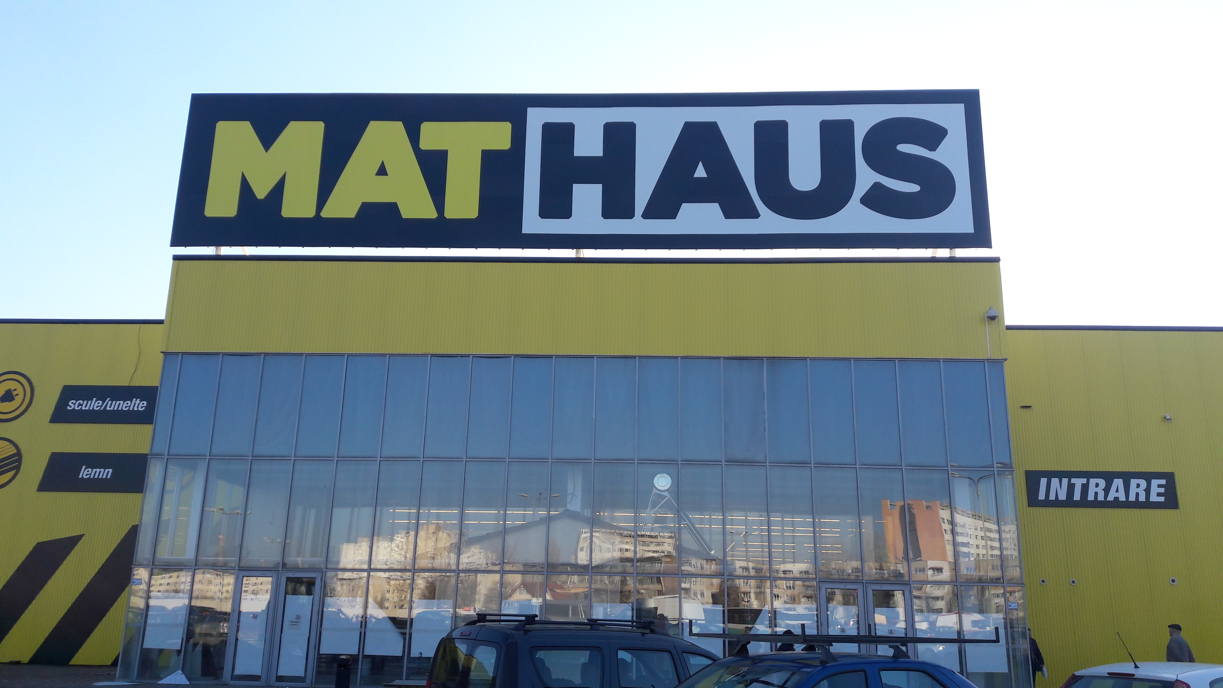 Romania's Arabesque invests 10 mln euro in first MatHaus retail store