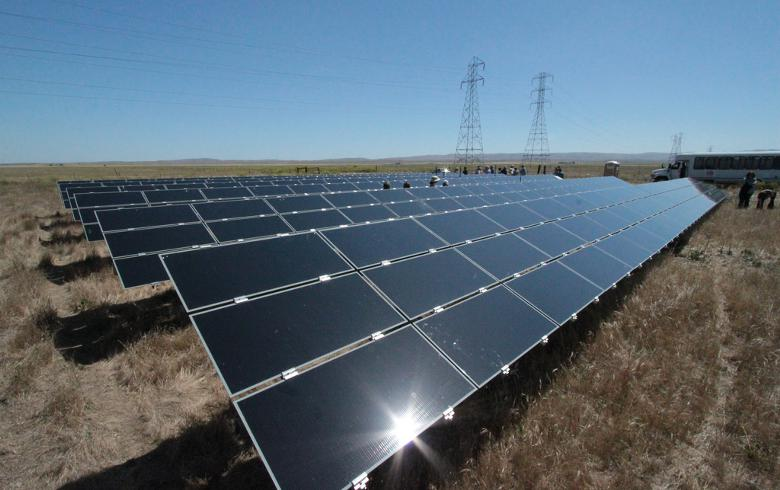 First Solar commissions 250 MW-AC project on Native American land