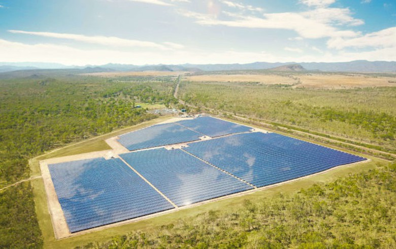 Conergy switches on Queensland solar-plus-storage project, to add stage 2
