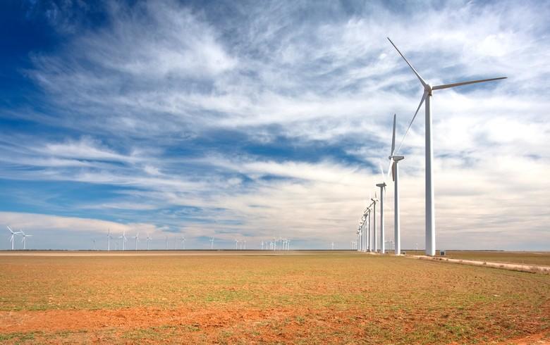 Allianz, Capital One invest in 324-MW US wind farm