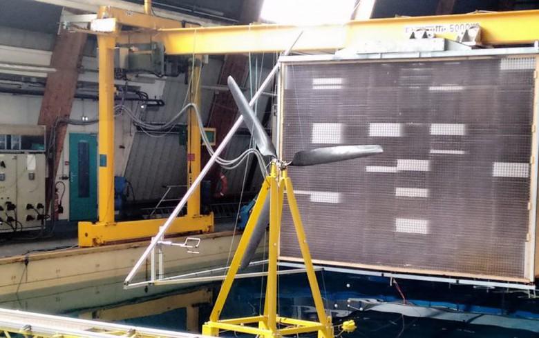 Eolink starts sea test of floating wind turbine concept