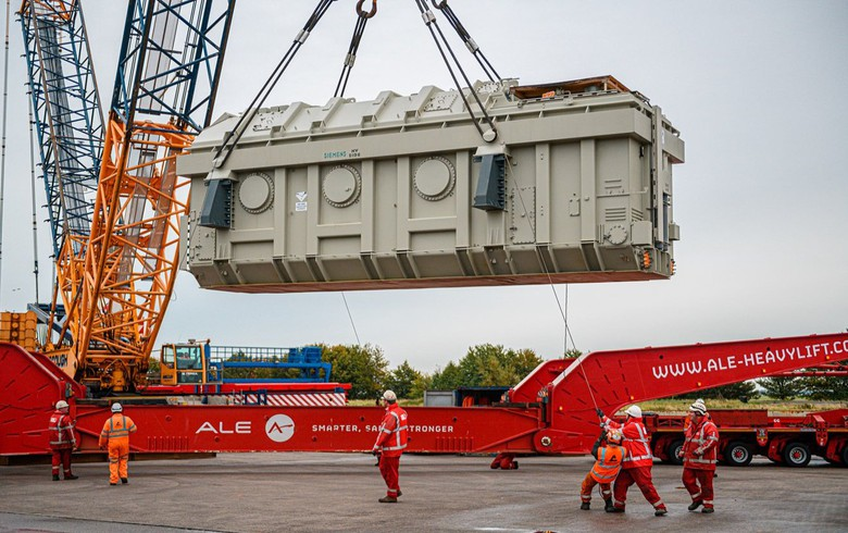 Siemens delivers 1st onshore transformer for Triton Knoll