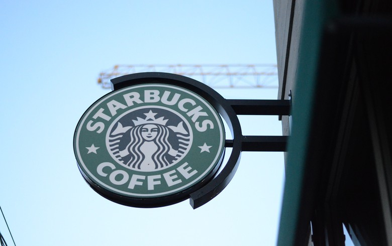Starbucks has more than 340 wind-powered coffee shops in Illinois