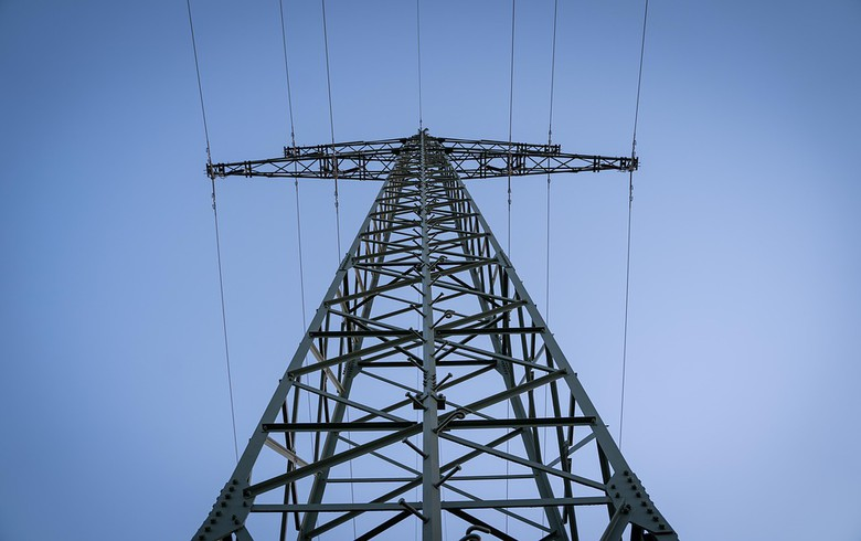 Montenegro's CGES invites bids for power exports to Serbia in November