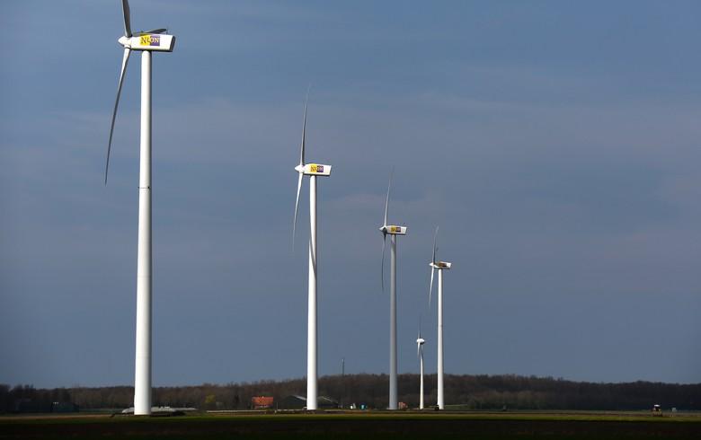 Nuon faces grid delay for 50-turbine Dutch wind project
