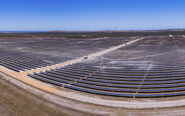 APA officially opens 19.25-MW solar farm in Western Australia