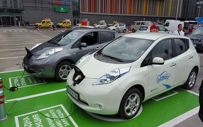 EC clears Germany to invest EUR 300 million in electric cars infrastructure