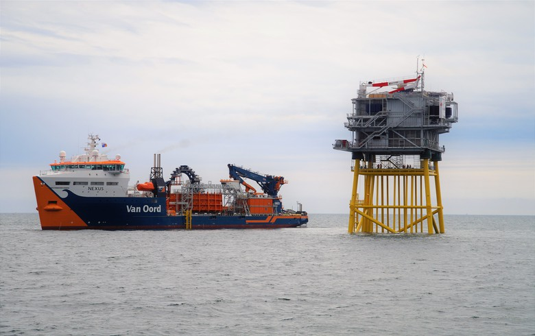 Van Oord, Hellenic get cables contract for 700-MW Dutch offshore link