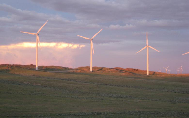 Black Hills to add more turbines to 40-MW wind project in Wyoming