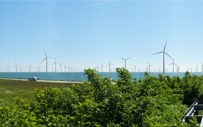 Eneco inks PPA for 383-MW nearshore Dutch wind farm
