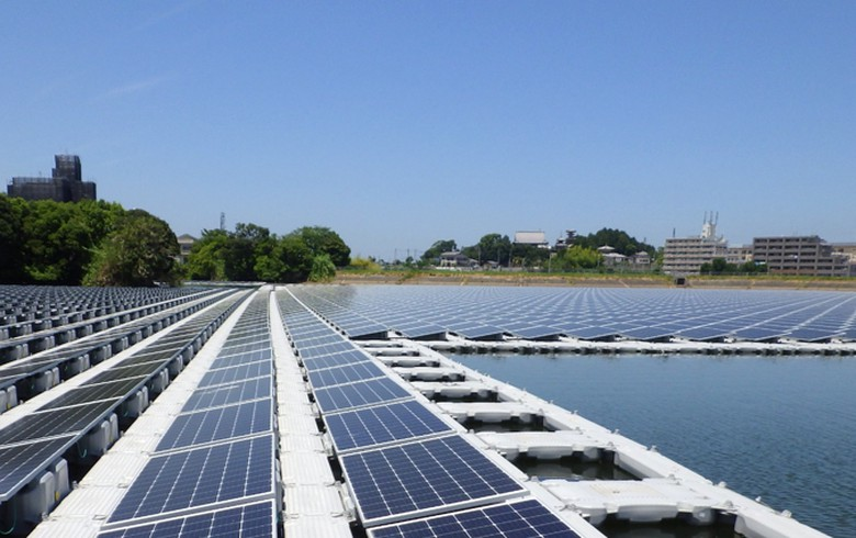 Ichigo switches on 2.8-MW floating PV plant in Osaka