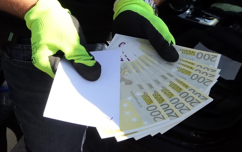 Bulgaria busts fake euro distribution group