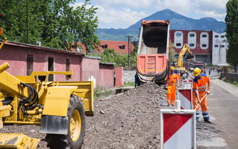 Albania invites bids for rural road upgrade works in Gjirokastra