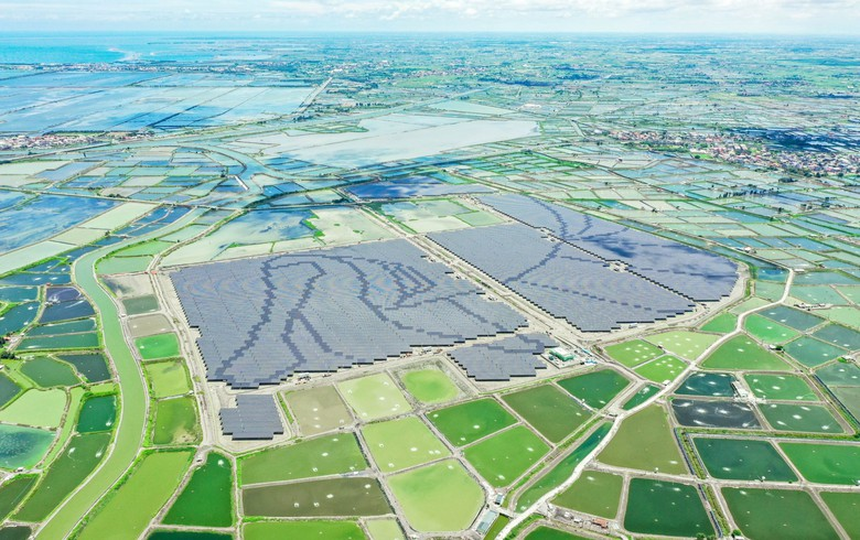 Vena Energy starts ops at 70-MW Mingus PV farm in Taiwan