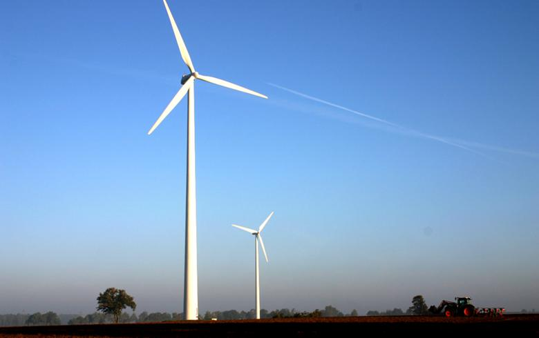 EnBW sells minority stake in 13-MW German wind farm