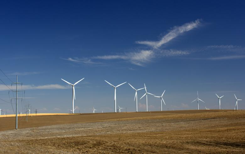 DTE wins regulatory nod to buy 455 MW of Michigan wind farms