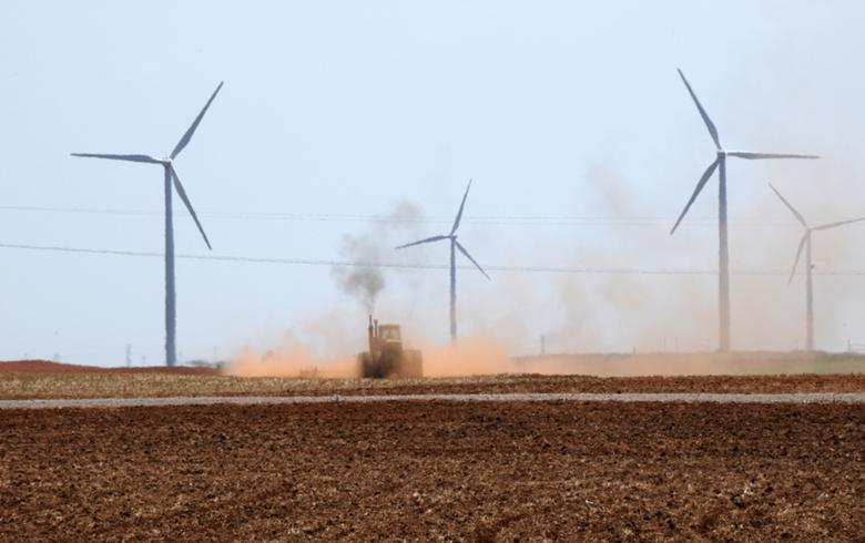 Smithfield Foods joins corp duo in buying power from Allete wind park