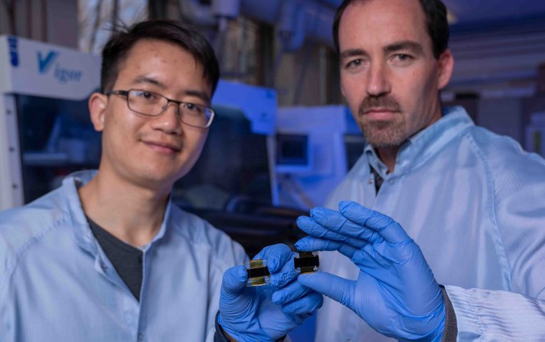 Aussie researchers hit 21.6% efficiency with bigger perovskite cell