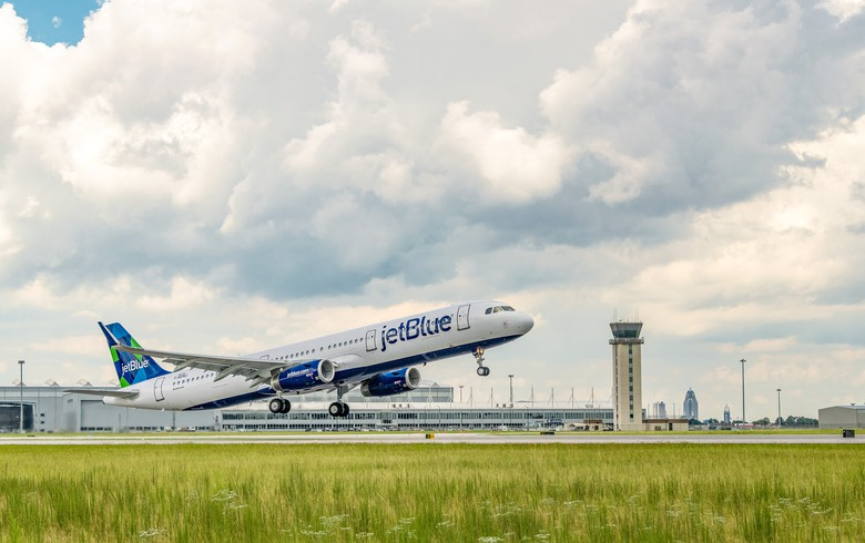 Airbus delivers plane to JetBlue using renewable fuel