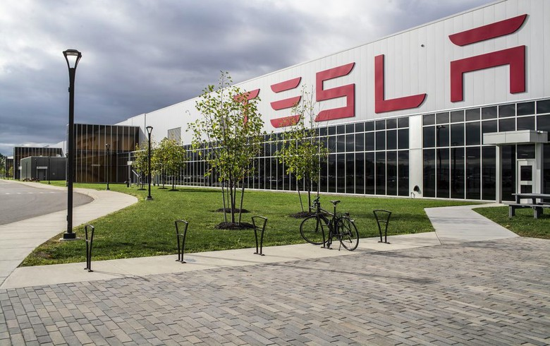 Tesla Gigafactory Jobs >> Tesla Unveils Plans For Gigafactory In Berlin