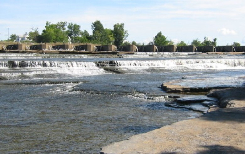 I Squared Capital selling hydro platform to Ontario Power Generation