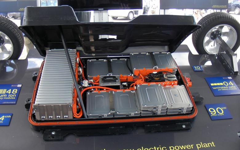 nissan green charge to use old car batteries for energy storage. Black Bedroom Furniture Sets. Home Design Ideas
