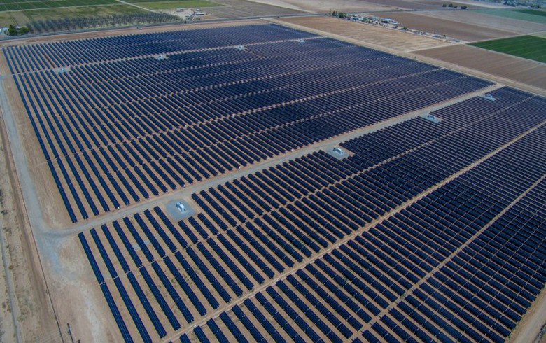 Arizona utility SRP unveils 2 large solar-charged battery projects