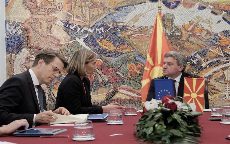 EU foreign policy chief urges Macedonian president to allow SDSM leader form govt