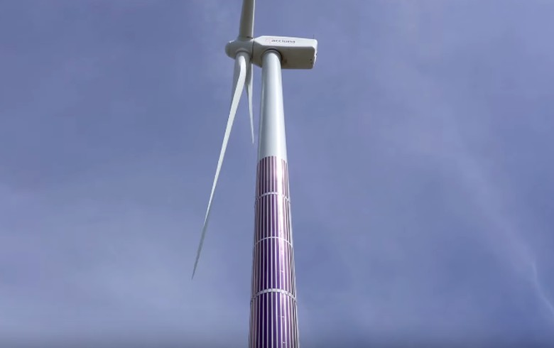 Acciona puts organic PV on wind turbine tower to lift efficiency