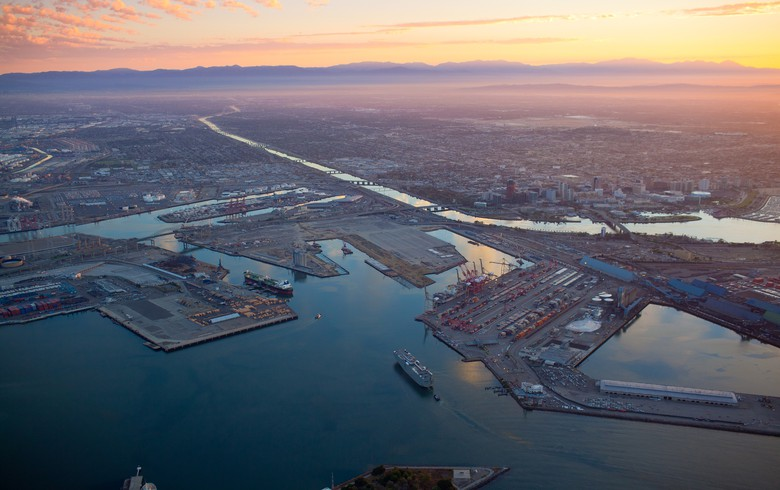 Schneider Electric to install microgrid at Long Beach port