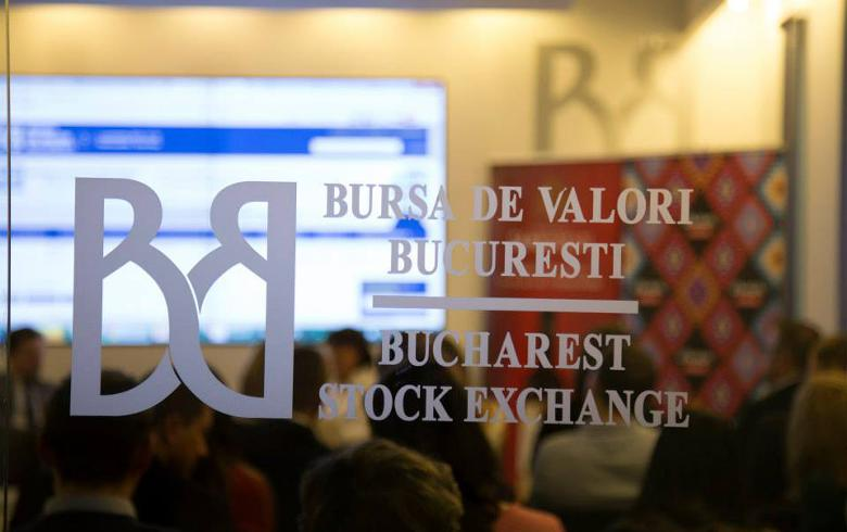 Bucharest stock indices end mostly in red, turnover falls