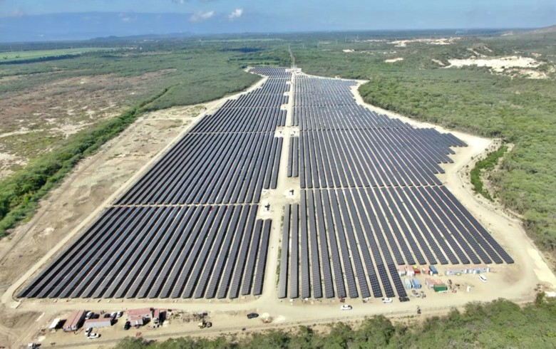 Dominican Republic brings online 25-MW portion of Solar Canoa plant