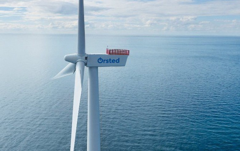 Ørsted joins forces with local firms on massive green hydrogen, fuel project