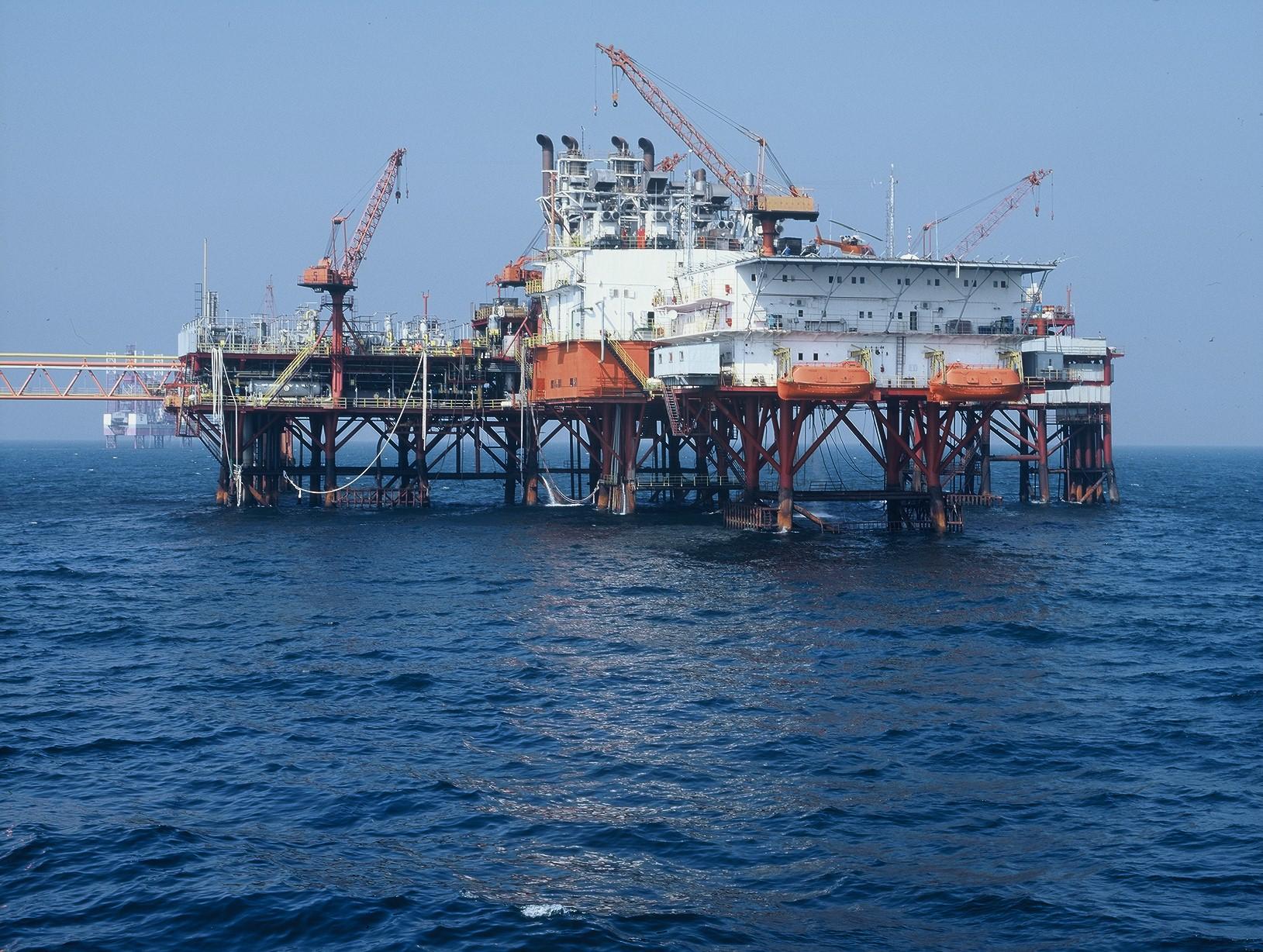 Romania's Fondul Proprietatea to sell 2.5% stake in OMV Petrom