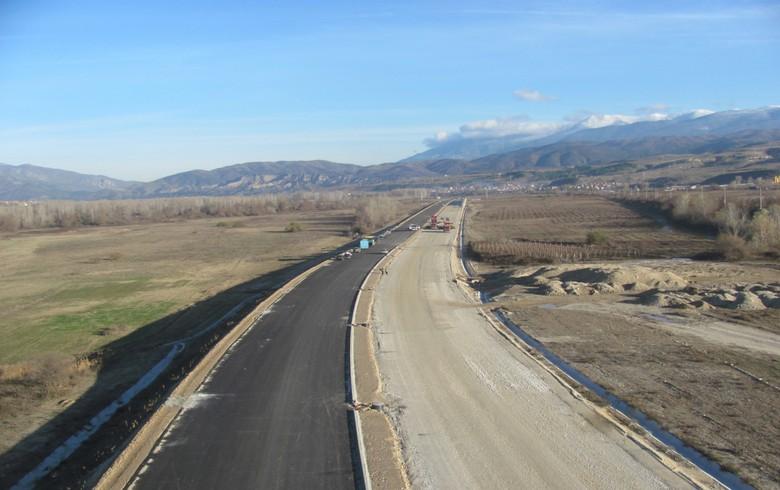 Bulgaria picks 307 mln euro bid for construction of 13 km of Struma motorway