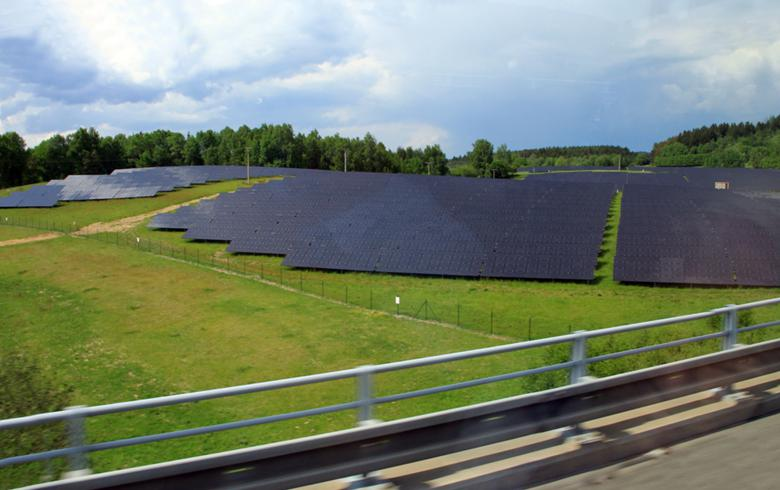 to-the-point: Deadline extended in Czech PV-plus-storage tender by Altech