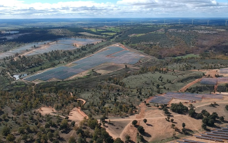 Spain's Solaria gets grid access to hook 695 MW of local solar