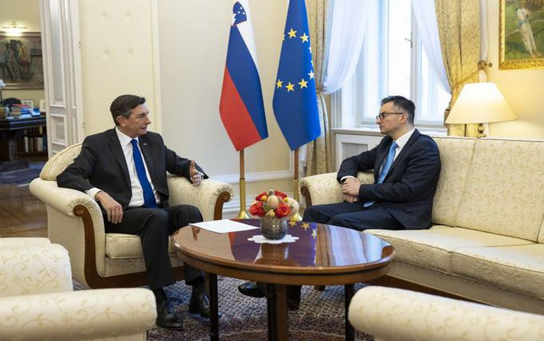 Slovenian president starts talks with party leaders on new govt
