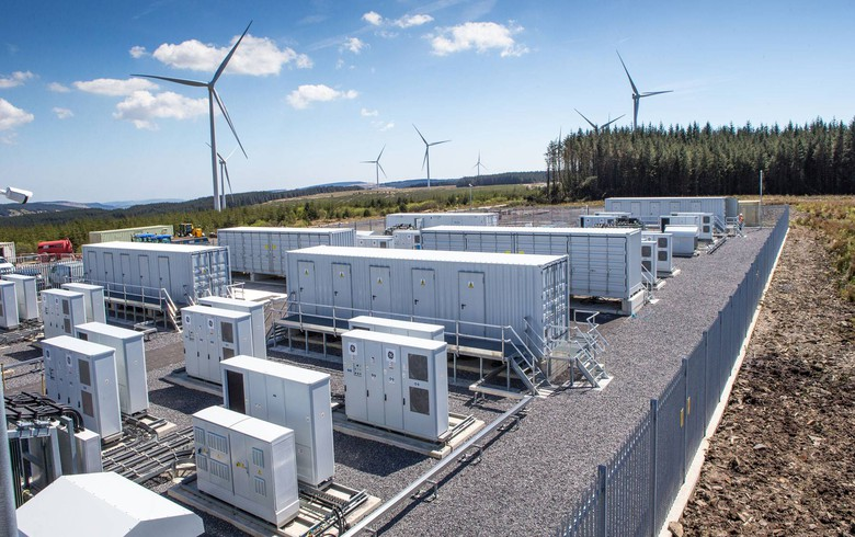 Vattenfall brings live 22-MW battery at UK wind farm