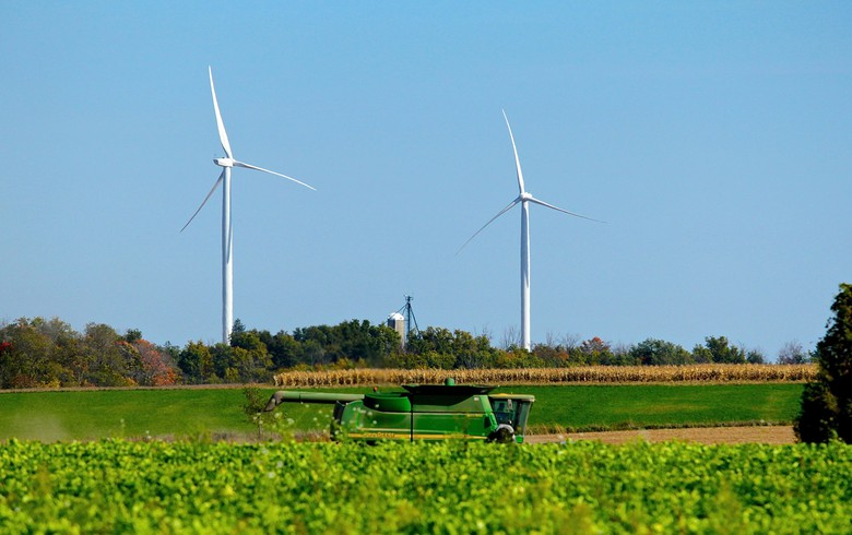 Canada adds 340 MW of wind turbines in 2017