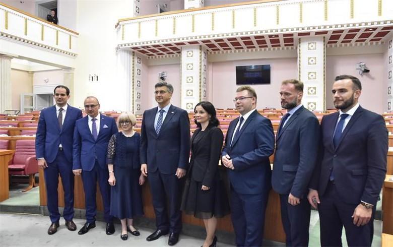 Croatia's parliament approves govt reshuffle