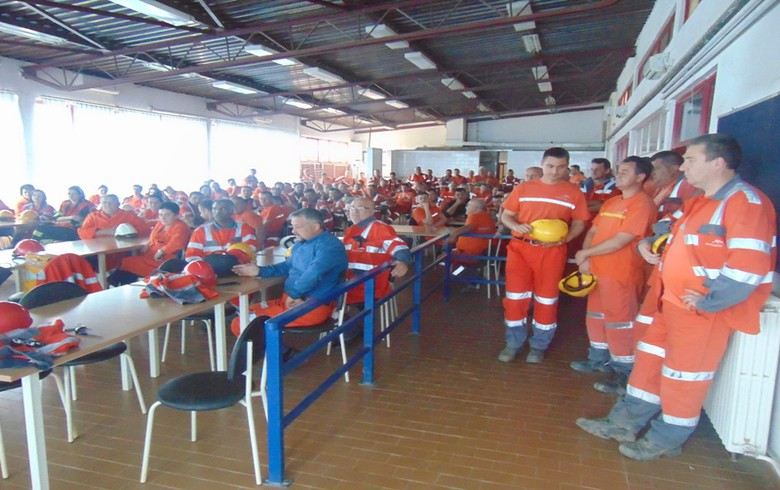 Bosnian iron mine ArcelorMittal Prijedor halts operations, furloughs workers