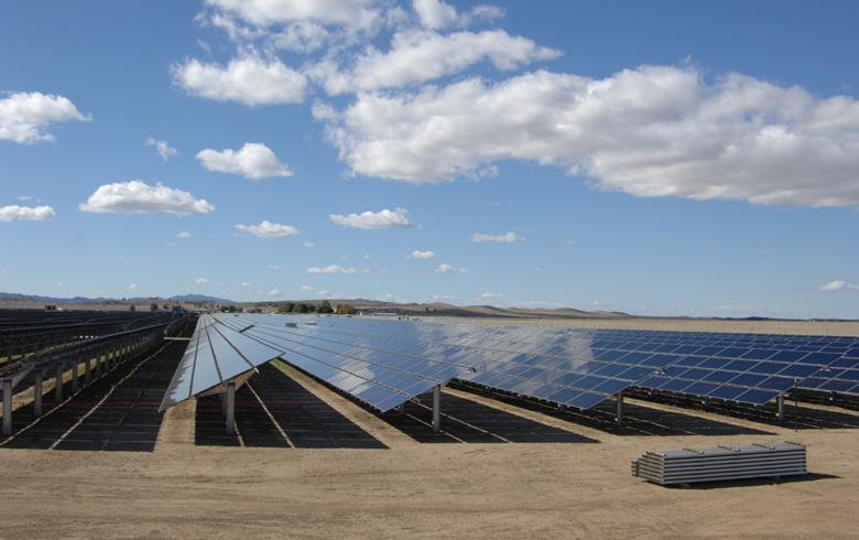 PG&E's troubles hit debt ratings of 550-MW Topaz solar park
