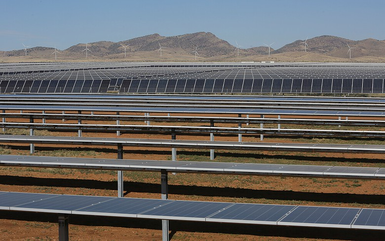 TEP to buy power from 100-MW solar park plus storage