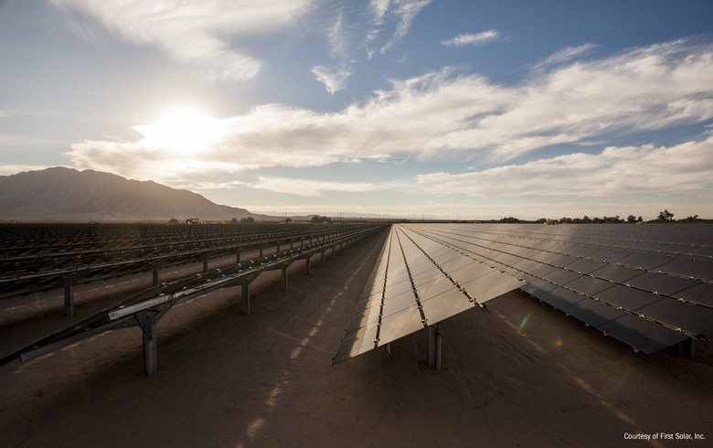 Growing sales help First Solar return to Q4 net profit