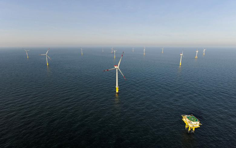 Maintenance contractors sought for 200-MW Borkum offshore wind park