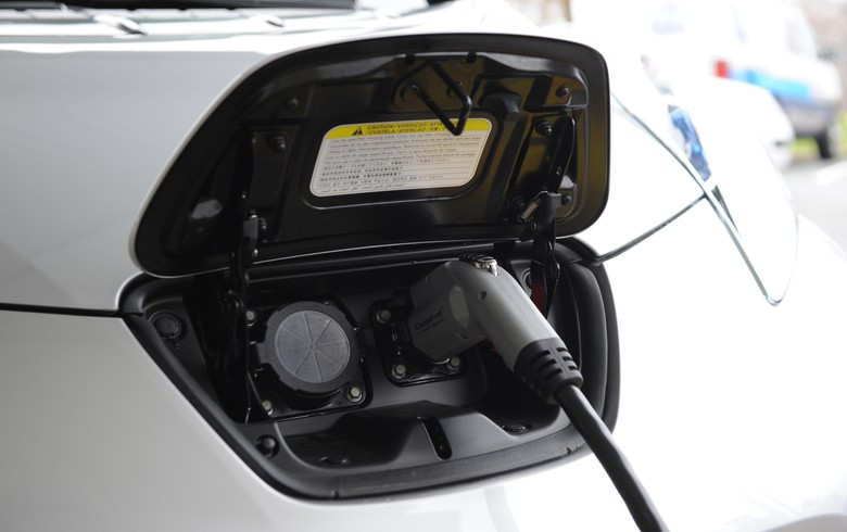 Canada invests CAD 4.6m in coast-to-coast EV charging network